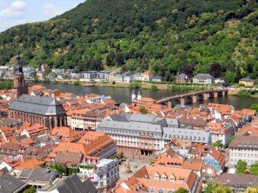 Vedere din gradina castelului
