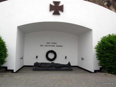 Monumentul soldatului necunoscut