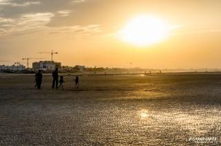Apus pe plaja Qurum