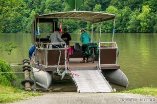 Taxi boat pentru bicicliști pe Donauradweg