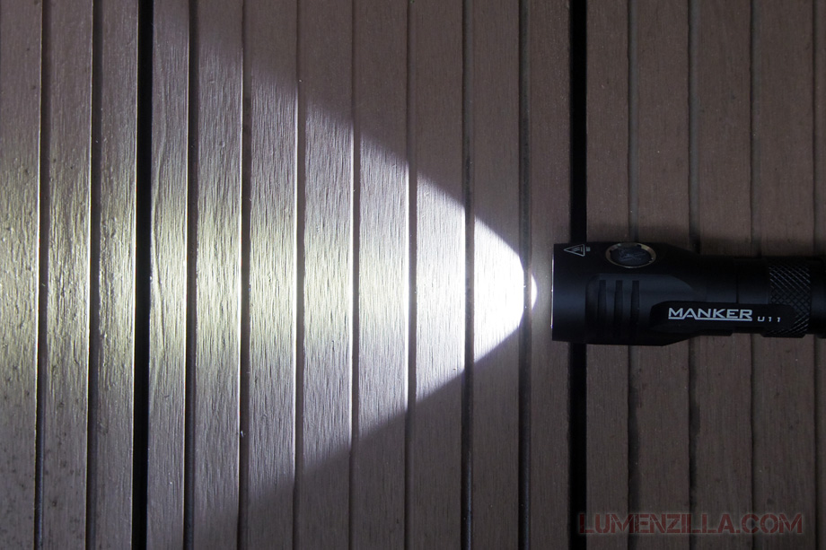 manker quinlan u11 flashlight beam angle