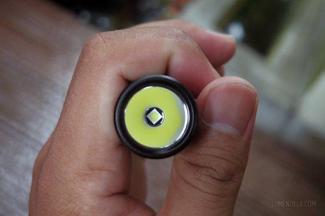 klarus xt1c led emitter xpl hi v3 smooth reflector