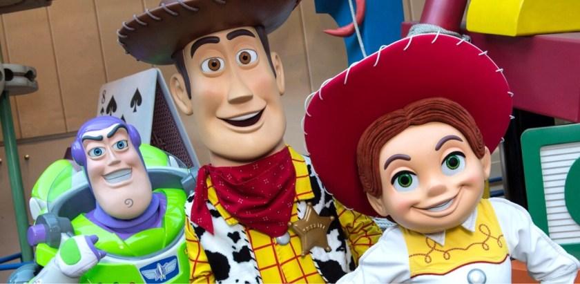 Los personajes de Toy Story Buzz Lightyear, Sheriff Woody y Jessie