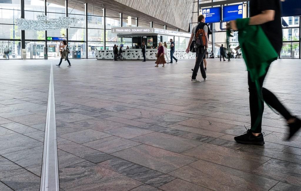 Travelers, Rotterdam