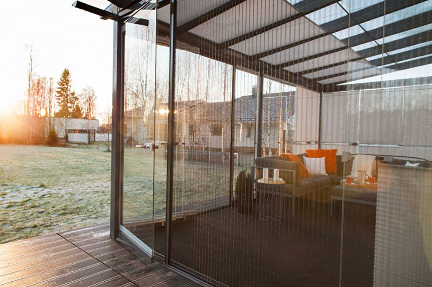 retractable insect screen rooms for