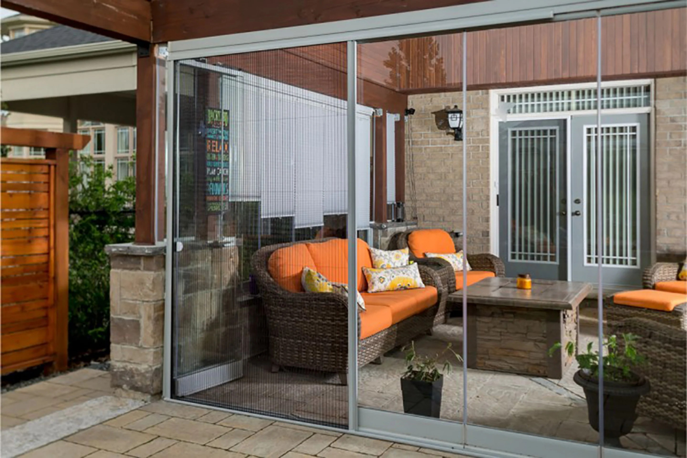 retractable screens to keep insects