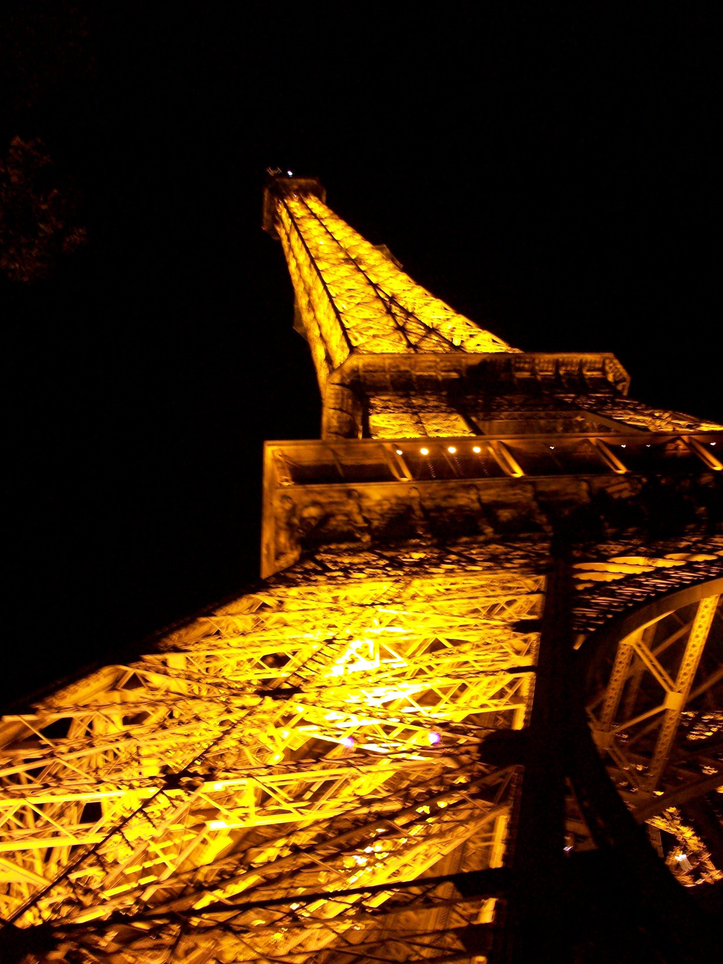 Un vistazo a la Torre Eiffel