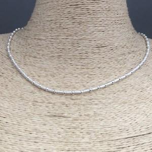 Collar bañado en plata de 42cm Alargue 3cm Mostacilla Tubo Lijado 2x4mm Bolita 2.3mm LBO31339
