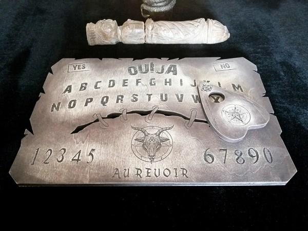 Ouija spiritisme bois