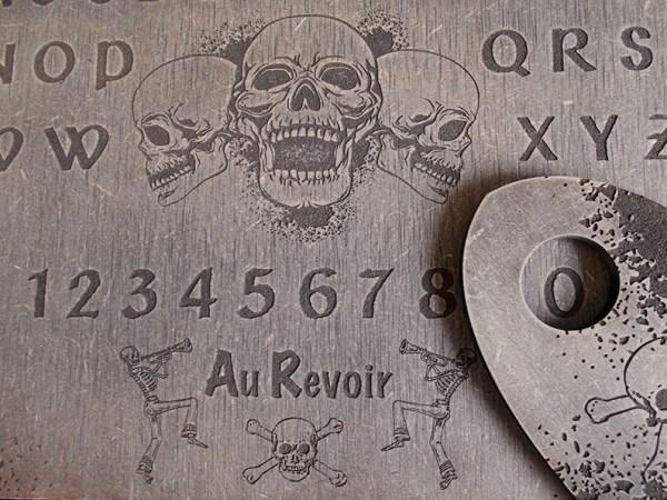 Ouija squelette