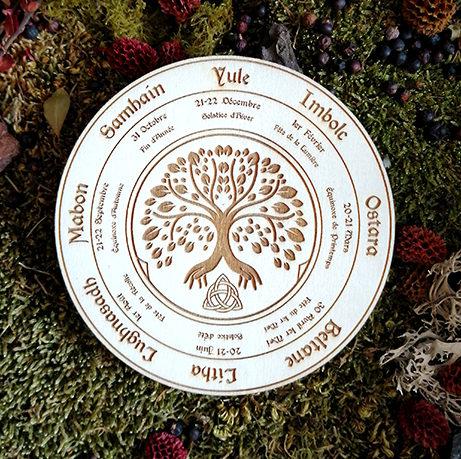 roue wiccan gravure bois