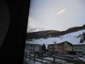 prima imagine cu muntele inzapezit