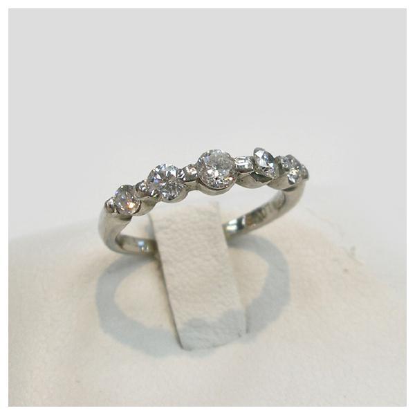 婚約指輪 Ptダイヤモンドリング(1.00ct) 2本爪