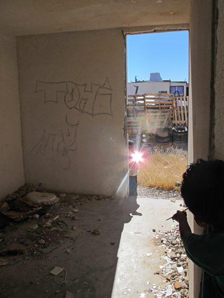 Francis Alÿs Children's Game #15: Espejos, Ciudad Juárez, México, 2013