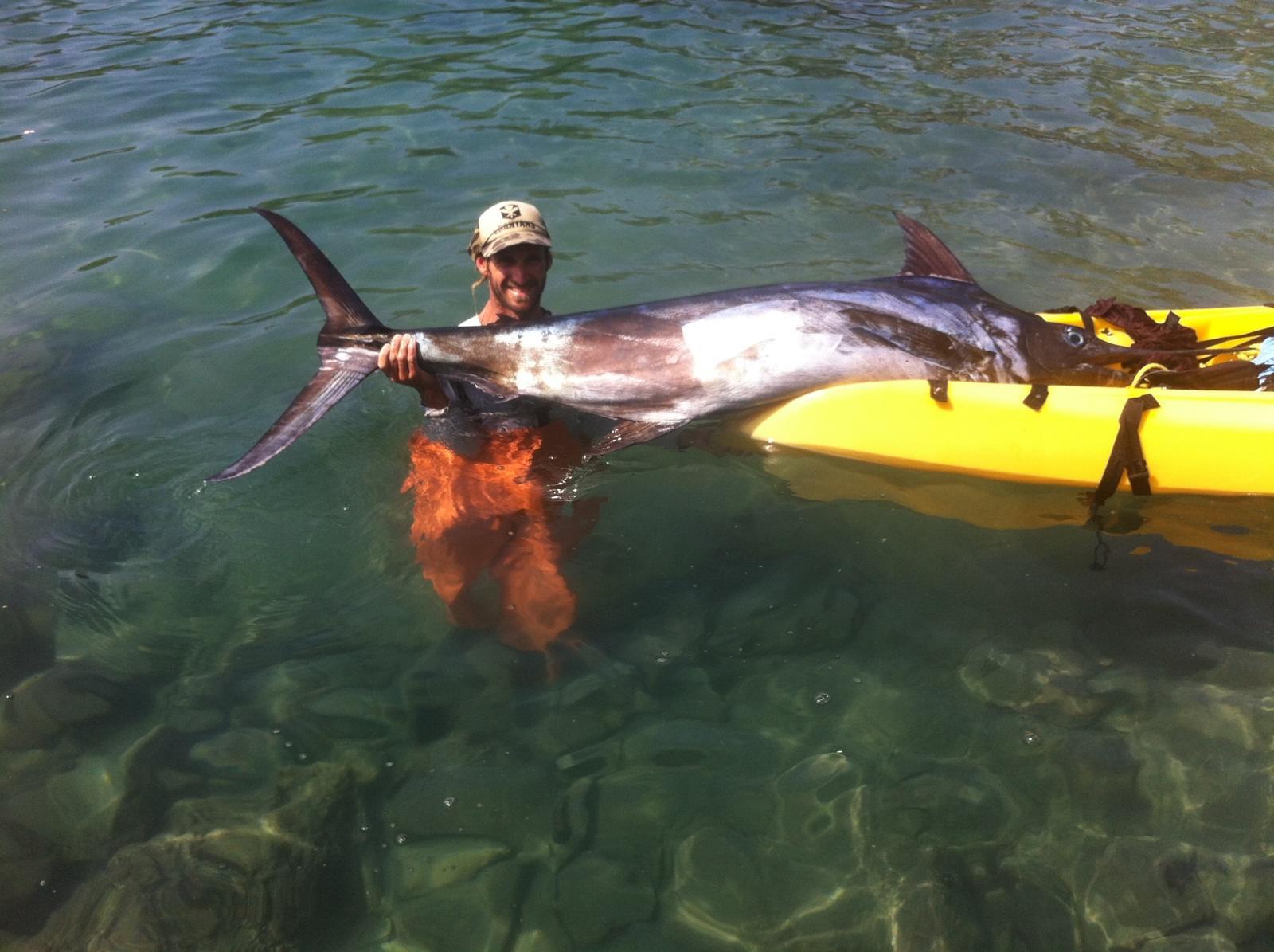Long kayak fights with billfish