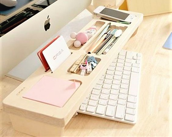 Home-Office-Organization-Wooden-Keyboard-Shelf