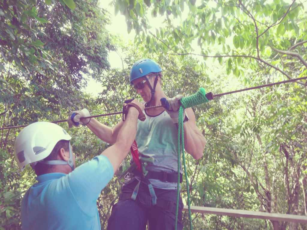 ziplining Montezuma Costa Rica
