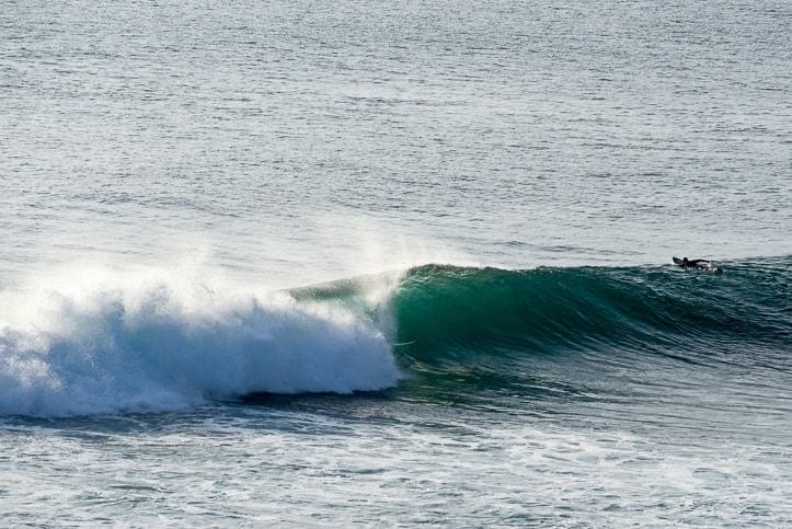 surfing uluwatu the racetrack