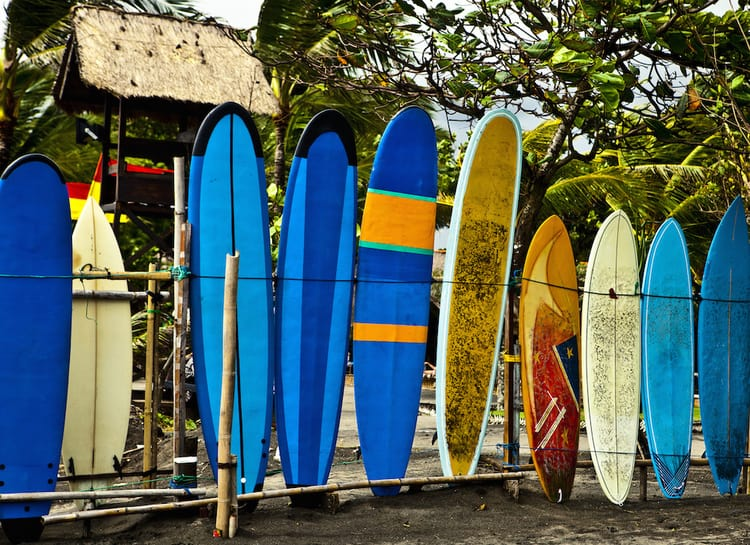 Guide to Surfing Bali | surfboard rentals in Bali