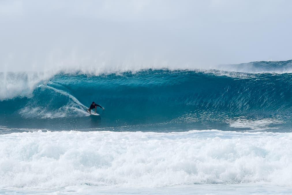 Pipeline surf North Shore Oahu