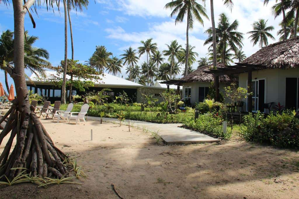 Surfing Samoa / Saletoga Beach Bungalows and Hotel