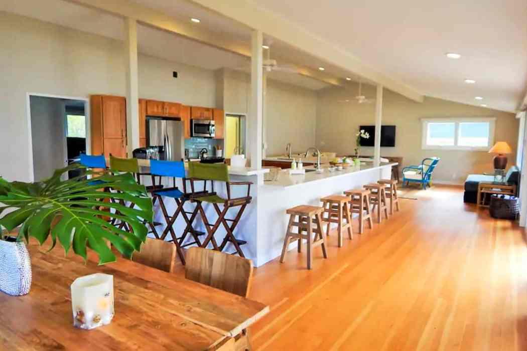 North Shore Oahu / beachfront vacation rental