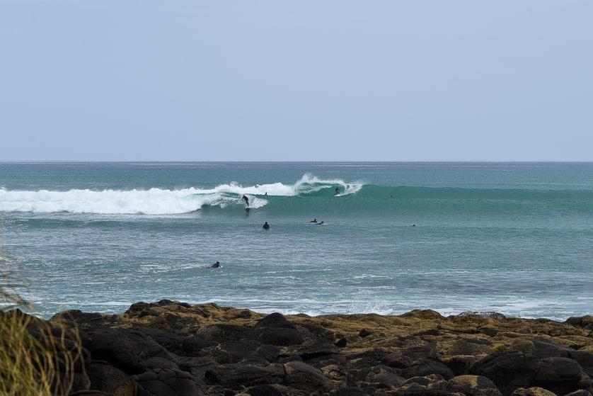surfing new zealand raglan indicators