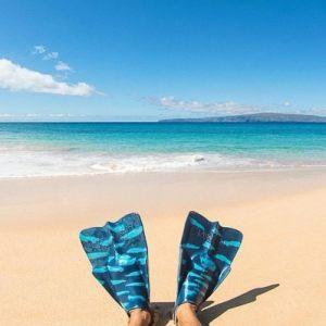 Gifts For Surfers / Da Fin swim fins