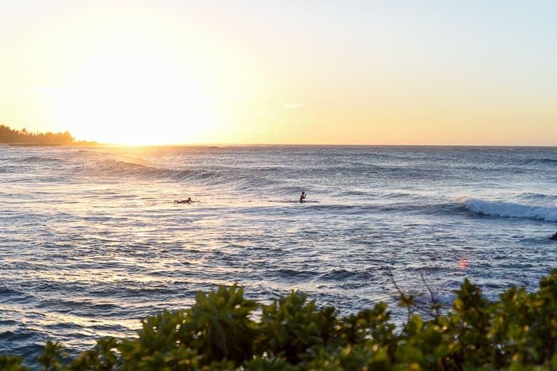 oahu surf spots turtle bay west