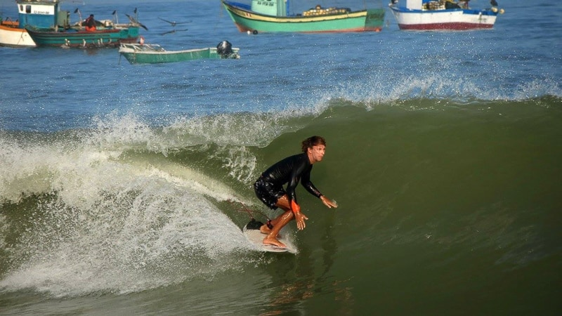 surfing in peru lobitos