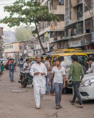 People on streets of Mumbai
