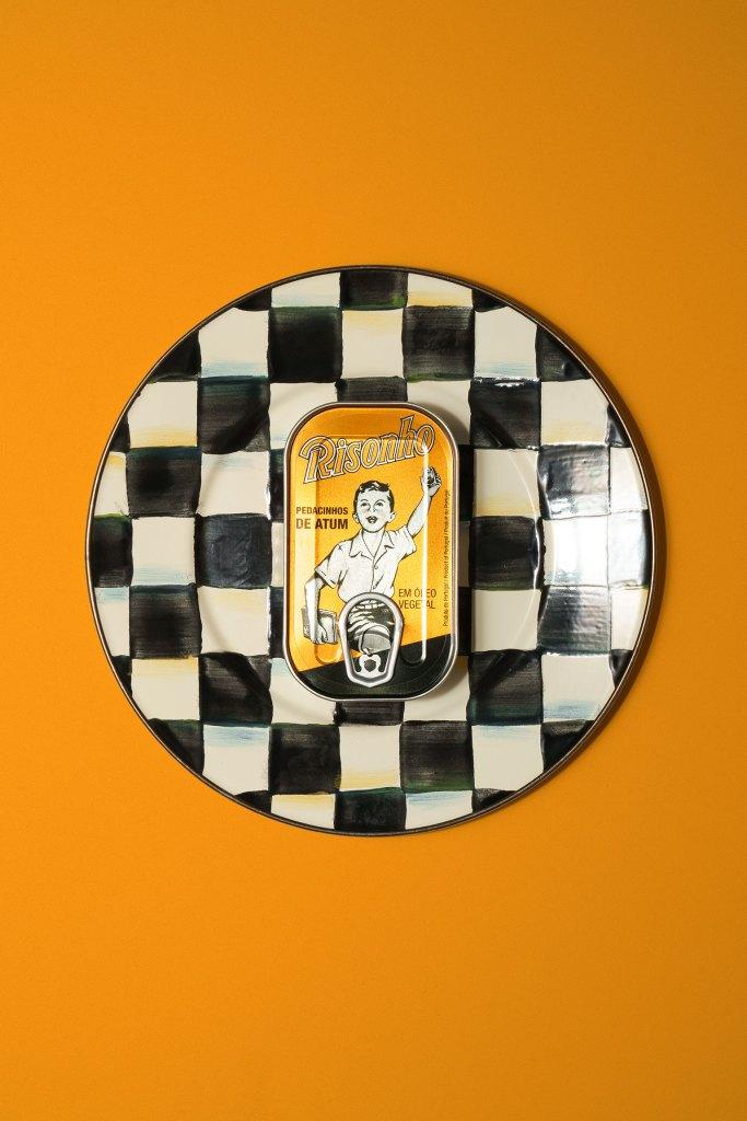 Risonho Sardine Can on a plate