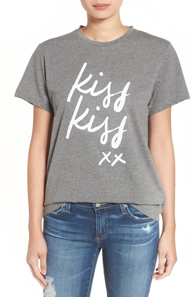 Sincerely Jules Kiss Kiss Graphic Tee