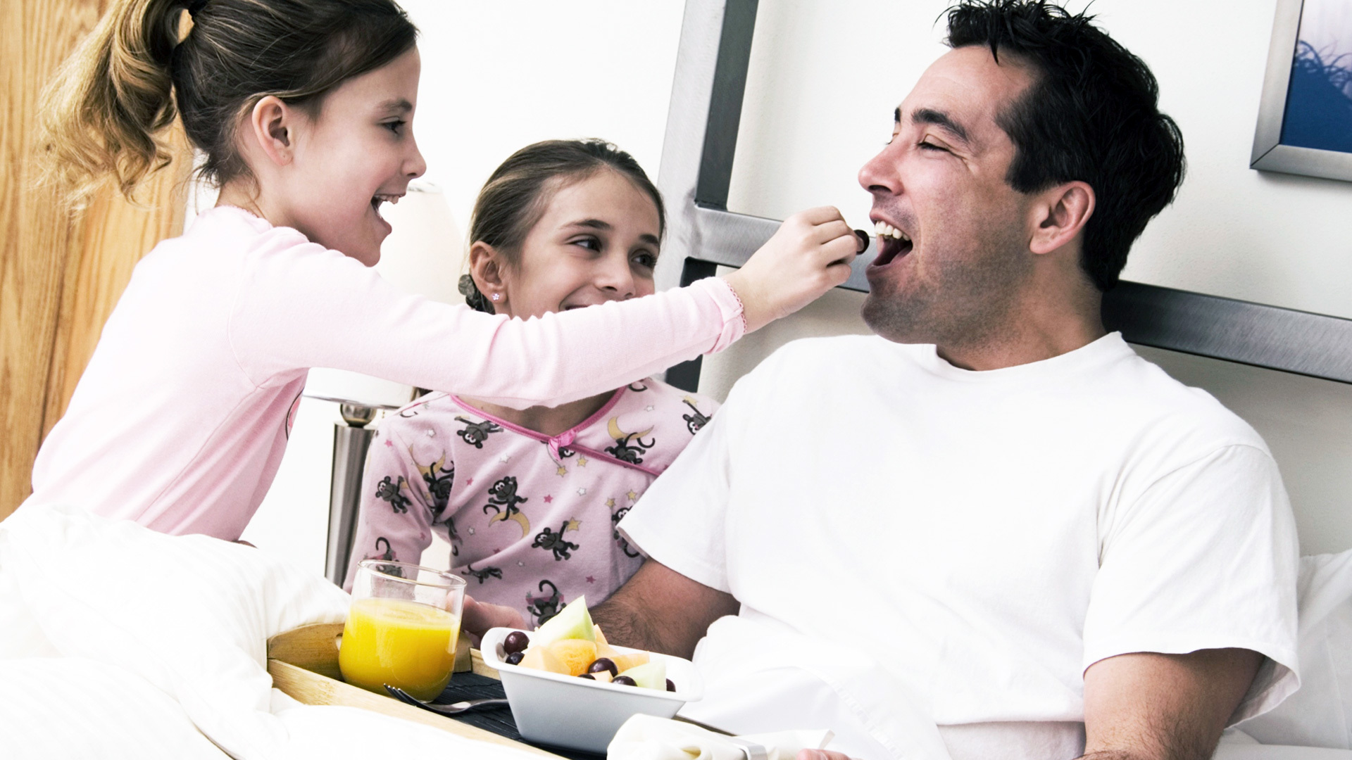 Serve Your Dad With Breakfast In Bed