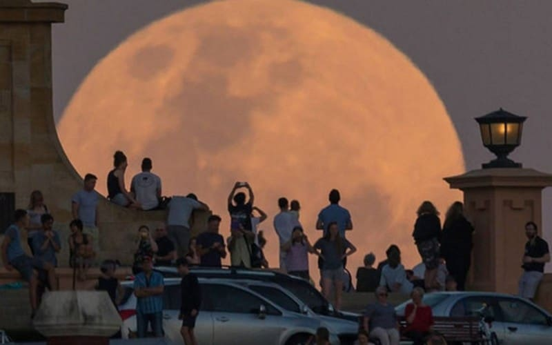 gambar-supermoon-di-aussie