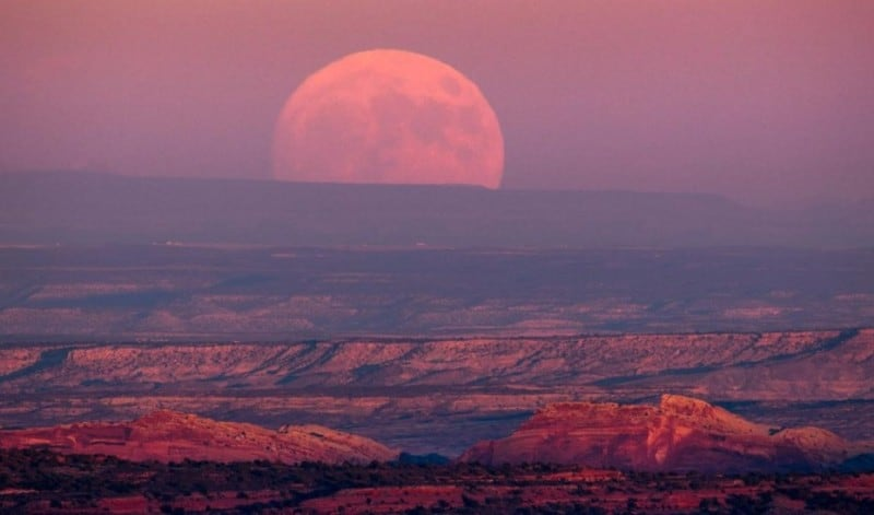 gambar-supermoon-di-utah