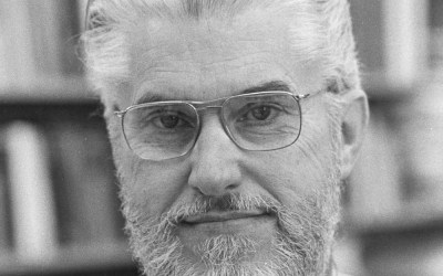 Scientist and lecturer on faith/science gap dies at 90