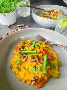 vegan saffraan risotto