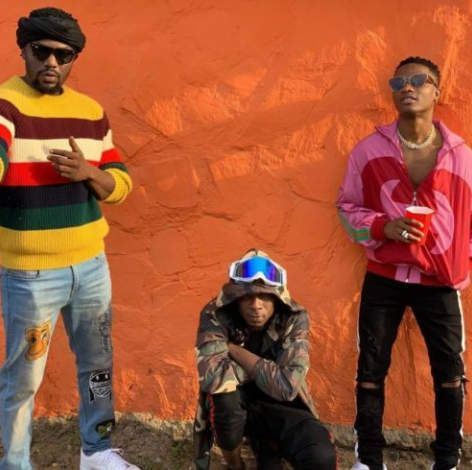 R2Bees – Straight From Mars mp3 download