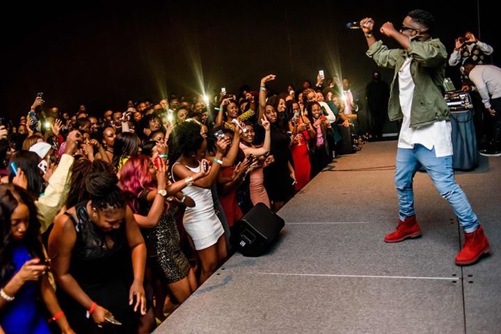 Performance by sarkodie at the after partyLux Afrique