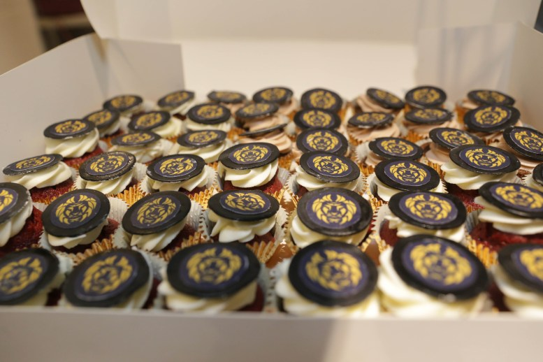 Lux Afrique cupcakes by Goodcakeday