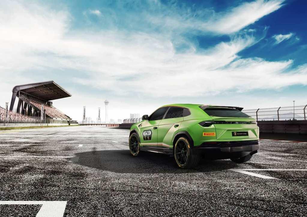 Green-Lamborghini-Urus-04