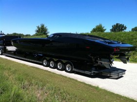 Corvette superboat