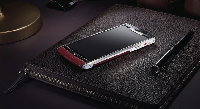 Vertu Signature Touch : Le design au service de la performance