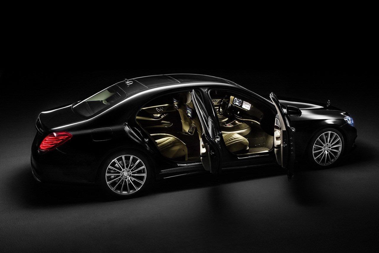 Mercedes-Benz_Classe_S_W222_Pack_AMG_-_08