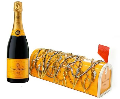 Veuve-Clicquot-Pamela-Love-and-Lulu-Frost-Mail-Box