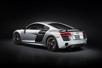 2015-Audi-R8-Competition-3