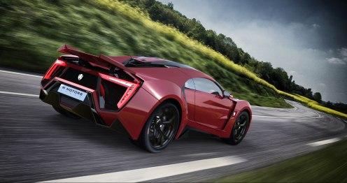 Lykan-W-Motors-rouge