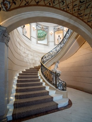Neoclassical-Chateau-Houston-Texas-4
