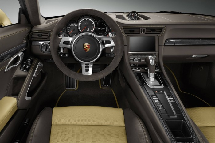 Porsche-Gold-Painted-911-Turbo-Coupe-6